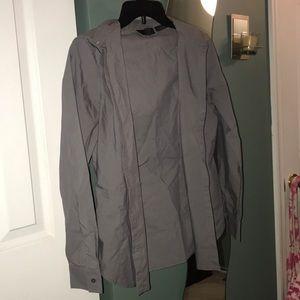 Gray long-sleeve blouse.